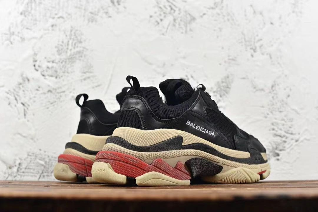 34c0974f94ed4 Balenciaga Triple S Black red. - Price in Singapore | Outlet.sg